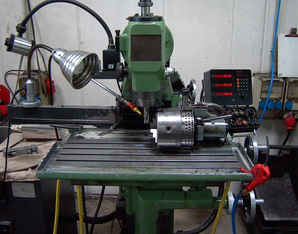 Deckel FP 1 konventionelle Fräsmaschine